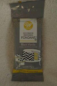 Wilton Decorator Preferred Black Vanilla Fondant 4.4oz New