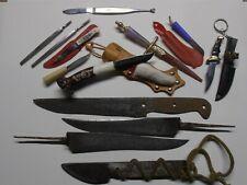 Lot de couteaux , petits et grands .