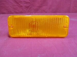 NOS OEM Ford F100 Pickup Grille Mounted AMBER Park Lamp 1976 - 77 Right OR Left
