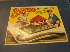 1950s or 60s Bayko Building Set *No guarantee that all the pieces are there*