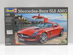 1:24 Mercedes-Benz SLS AMG Revell 7100