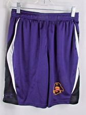 Under Armour L Loose fit ECU Pirates young Men's logo shorts closer to Medium