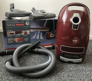 Complete C3 Cat & Dog Pro PowerLine Cylinder Vacuum Cleaner - SGEF3, Red