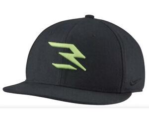 Nike True Russell Wilson Swoosh Flex QS Black/Green Dri-Fit Hat AH5151-014 M / L