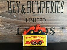 matchbox regular wheels no.69B-3.Rare Red Version near mint E-2 Box from 1966