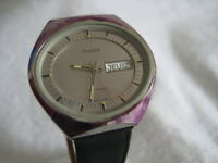 NOS NEW SWISS MADE AUTOMATIC WATER RESIST MEN'S PHENIX WATCH 1960'S DAY AND DATE