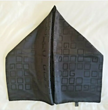 Gucci Black GG Scarf Shawl Unisex Sophisticated Chic Town Or Country Accent