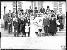 Portrait groupe famille mariage - ancien négatif photo verre an. 1940