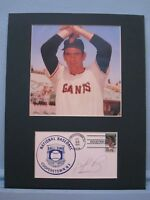 Hall of Famer Gaylord Perry & autograph
