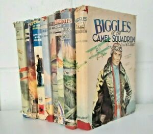 Collection Vintage Biggles Books Capt W E Johns First Editions KY373