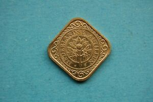 NETHERLANDS ANTILLES - 1990 FIFTY (50c) CENT COIN