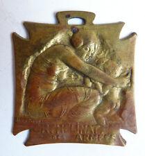 Pendentif médaille signé René LALIQUE vers 1915 Orphelinat des armées