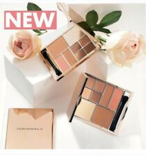 NEW Nutrimetics Complete Look MakeUp Palette Eyeshadow, Blush, Highlighter