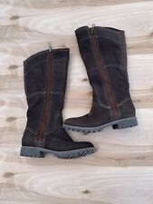 Womens Size 7 Timberlands Brand New Leather, Dry Fit.