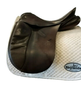 """Used Schleese JES Advanced - Size: 17.5"""" Dressage Saddle Brown"""