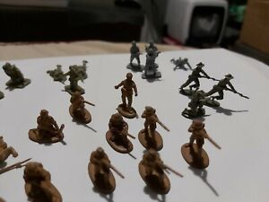 Vintage Airfix early 70s Mix of different 1:72 miniatures
