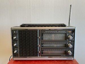 GRUNDIG SATELLIT 2100 AM/FM Portable Radio Receiver