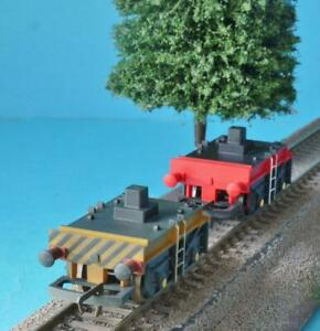 2 x HORNBY 75T BREAKDOWN CRANE TRUCKS from R6602 + R6204 RED + WEATHERED YELLOW