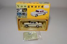 * VANGUARDS VA04404 AUSTIN A60 CAMBRIDGE SNOWBERRY WHITE MAROON MINT BOXED