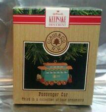 Nos Hallmark 9732 Lionel Passenger Car Christmas Tree Ornament New!