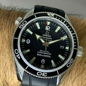OMEGA SEAMASTER PLANET OCEAN  REF 2201.50.00 AUTOMATIC CO-AXIAL MOV RUBBER 42 MM