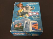 1989#VINTAGE DISNEYLAND PARK  HEART FAMILY MUSICAL DUMBO RIDE Famiglia Cuore#NIB