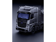 Mercedes Benz Actros Autotransporter Maßstab 1 : 18 hightechsilber B66004211