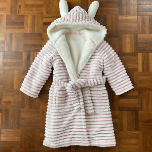 BRAND NEW GIRLS EX-MARKS AND SPENCERS PEPPA PIG LILAC HOODED ROBE AGE 2-3 YEARS