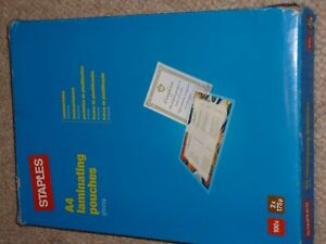 Staples A4 Laminating Pouches Gloss Glossy 100 Sheets Sleeves 2 x 175 Micron