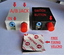 Mini Stereo Audio Switch 3.5mm AUX Jack 1 IN / 2 OUT