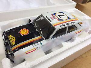 TRIPLE 9 1800132 FORD ESCORT RS1600 Mk 1 model rally car Safari Rally 1972 1:18