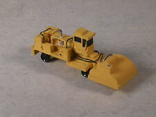 N Scale MofW Yellow Track Tie Sweeping Machine