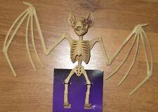 New Spider Bat Bird Crow Raven Rat Skeleton Bones Wolf Halloween Props Decor