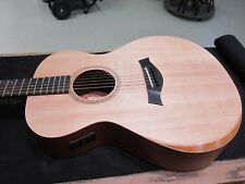 Taylor Academy 12e Acoustic Electric With Taylor Gig Bag