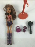 Monster High 2008 Clawdeen Wolf Ghoul Doll Original Clothing + Cat, Bag & Brush
