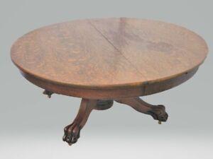 Vintage Victorian American Tiger Oak Round Coffee Table Circa 1900's
