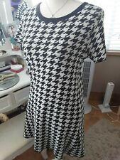 Next knitwear  black & white jumper dress size 10 short sleeved 💕