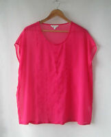 Capture sz 10 Pink Embost Loose Sheer Top