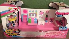 The Powerpuff Girls 2 in 1 FLIP TO ACTION PLAYSET With 2 Figure New