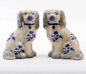 Staffordshire King Charles Blue Floral Spaniel Dog Pair Small Figurines 5 1/2 in