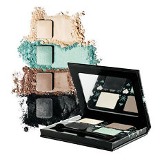 The Body Shop Holiday Limited Edition Frosted Pastels Palette Eye Shadow Kit NEW