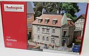 11367 Auhagen HO Small Stop Station Scale 1:87 in fitting kit