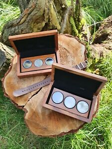 Wooden Coin Presentation Case for 50p/£2 size Coins Capsules included