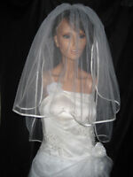 2 TIER IVORY BRIDAL WEDDING VEIL WITH DIAMANTES CRYSTALS & COMB 36""