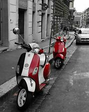 MOTOR SCOOTERS PARKED ON ROME STREET Photo (182-k)