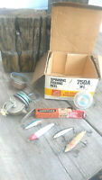 OLD RARE VINTAGE FISHING LURES TACKLE COLLECTIBLE + Parts Reel Spincast 66 GW