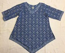 Royal Blue And White Medallion Print Tunic Top With Pointed Hemline Sz S EUC
