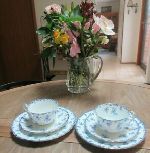 ANTIQUE BRIDGWOODS TRADE MARK CHINA STAR BLUE/WHITE FLORAL 2 CUPS/SAUCERS/PLATES