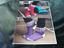 Wendy Double Knitting Pattern 6102 Socks in Three Sizes