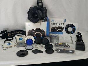 Konica Minolta MAXXUM Dynax 7D 6.1 MP SLR Digital Camera